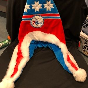 Philadelphia 76ers Christmas hat